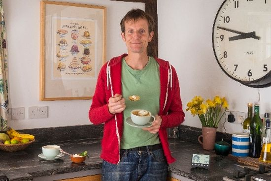 Ian Cummings, Great British Bake Off finalist, enjoys his energy-saving Mojito cake - by SmartEnergy GB
